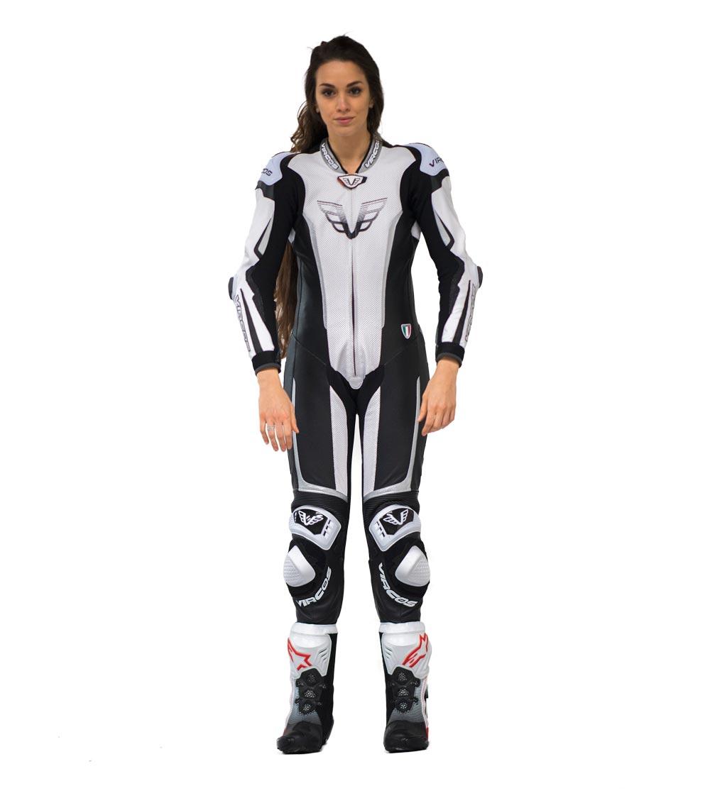 dettaglio frontale tuta moto donna racer lady